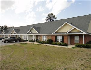 Links at Millcreek apartment in Auburn, AL