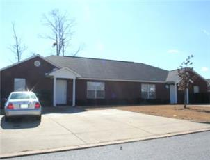 Longleaf Crossing Duplexes apartment in Auburn, AL