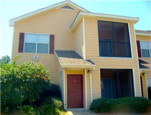 Longleaf Villas apartment in Auburn, AL