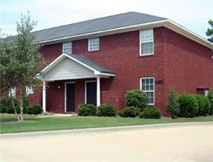 Northpointe Townhomes & Duplexes apartment in Auburn, AL